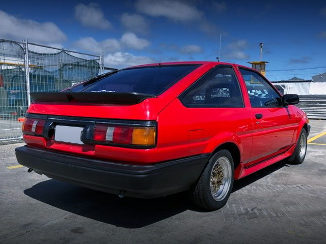 REAR EXTERIOR AE86 LEVIN RED