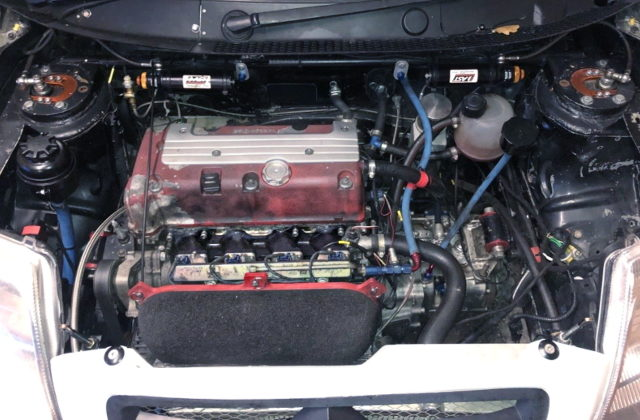 K20A iVTEC ENGINE WITH INDIVIDUAL THROTTLE BODIES