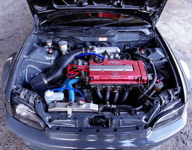 VTEC HEAD ON B20B ENGINE
