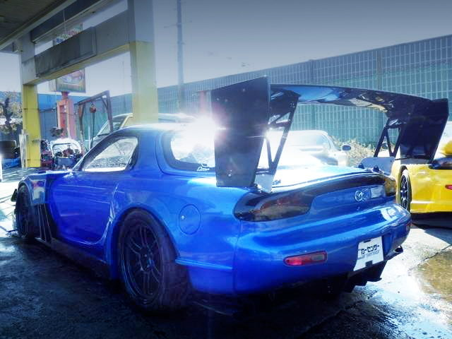 REAR EXTERIOR FD3S RX-7 WIDEBODY BLUE
