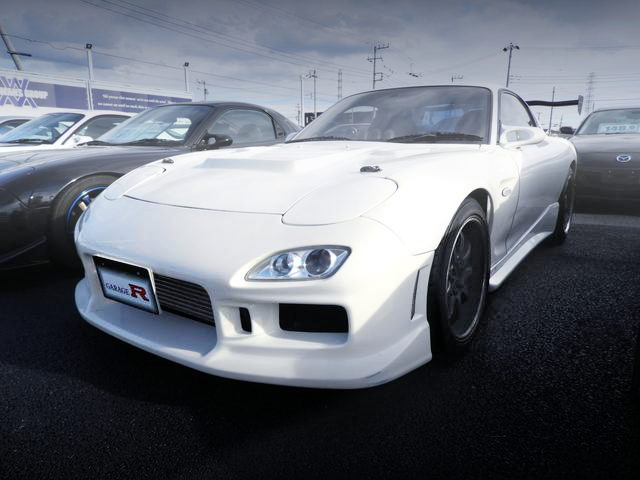 FRONT EXTERIOR FD3S RX7 WHITE