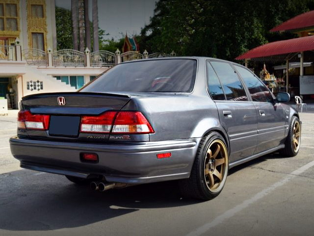 REAR EXTERIOR CB ACCORD 4DOOR