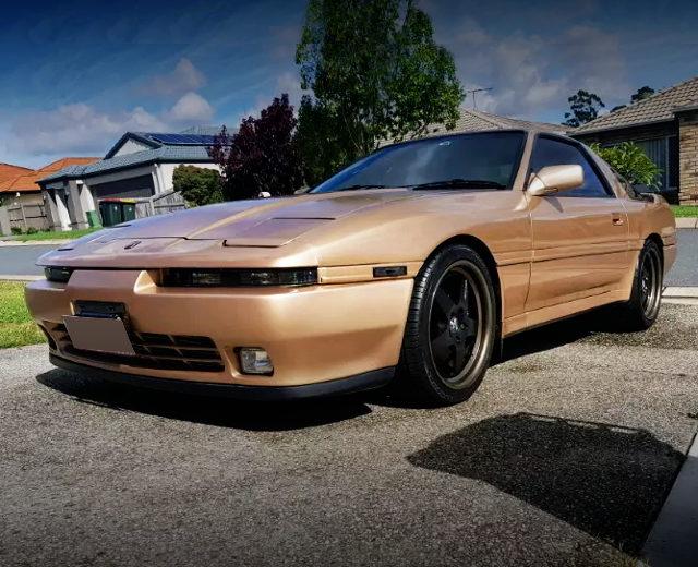 FRONT EXTERIOR MA70 SUPRA GOLD
