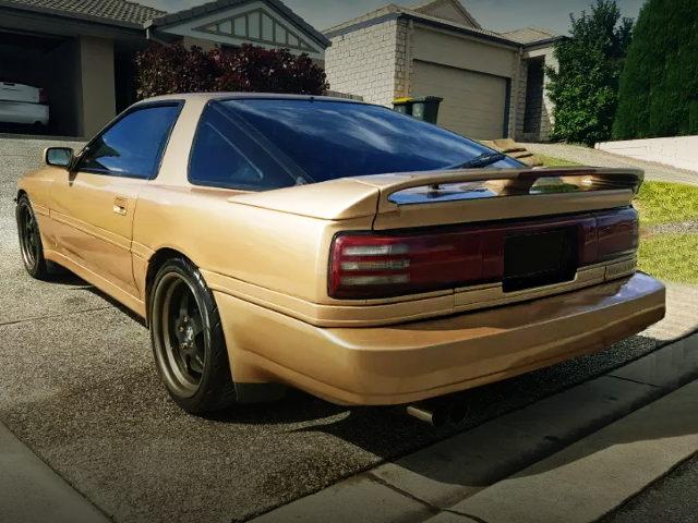 REAR EXTERIOR MA70 SUPRA GOLD