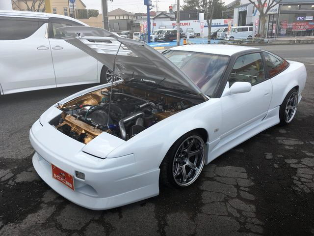 HOOD OPEN FOR 180SX