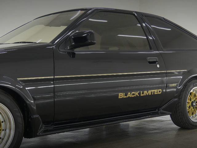 BLACK LIMITED ROGO