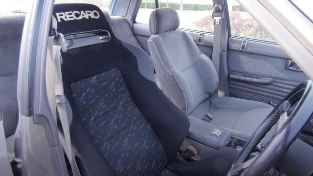 DRIVER POSITION WITH RECARO SEAT