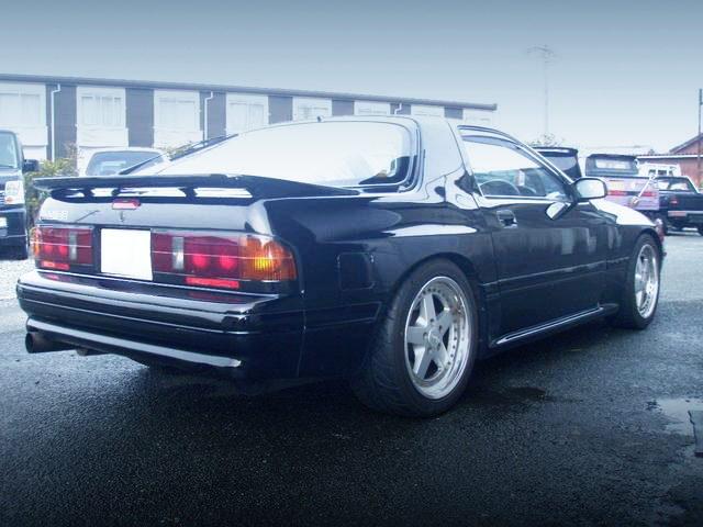 REAR EXTERIOR FC3S RX-7 BLACK