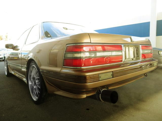REAR EXTERIOR GZ20 SOARER GOLD