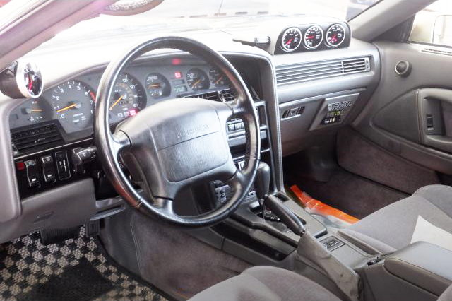 LEFT HAND DRIVE MA70 SUPRA