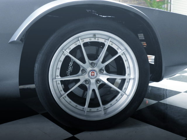 HRE WHEEL AND Wilwood BRAKE CALIPER