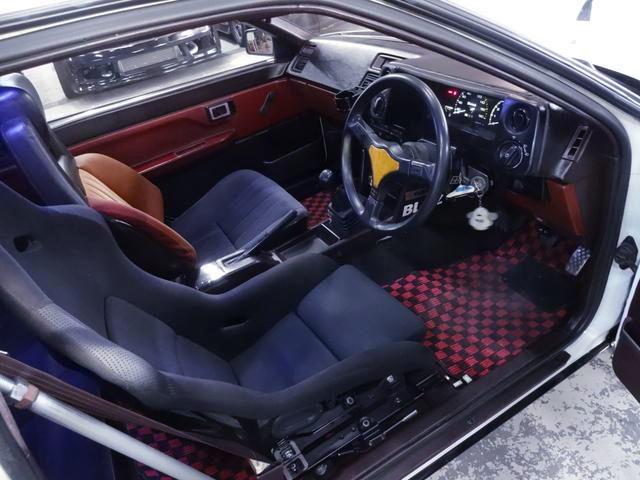 AE86 TRUENO INTERIOR