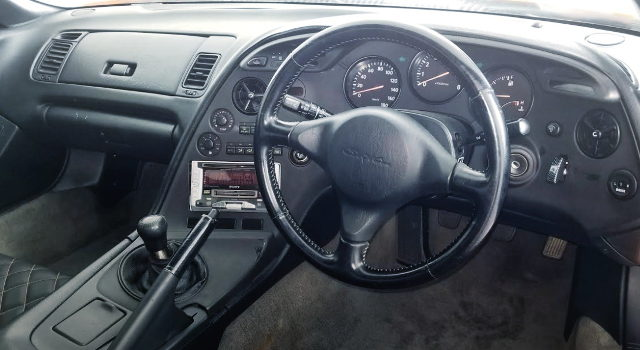 INTERIOR STEERING AND GAUGES