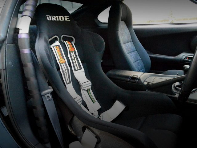 DRIVER POSITION TO BRIDE SEAT