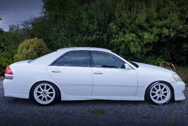 RIGHT SIDE EXTERIOR JZX110 MARK2