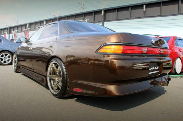 REAR EXTERIOR JZX90 MARK2 TOURER-V