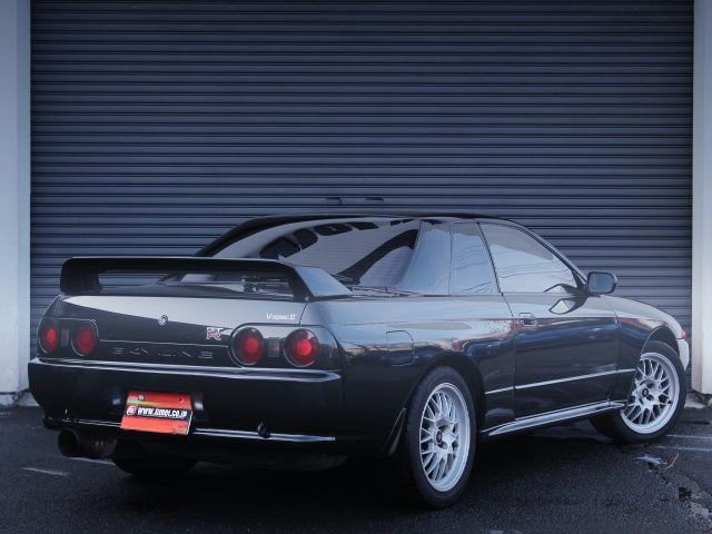 REAR EXTERIOR R32 SKYLINE GT-R V-SPEC2