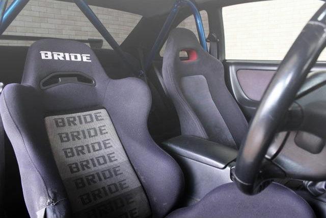 INTERIOR BRIDE SEMI BUCKET SEAT