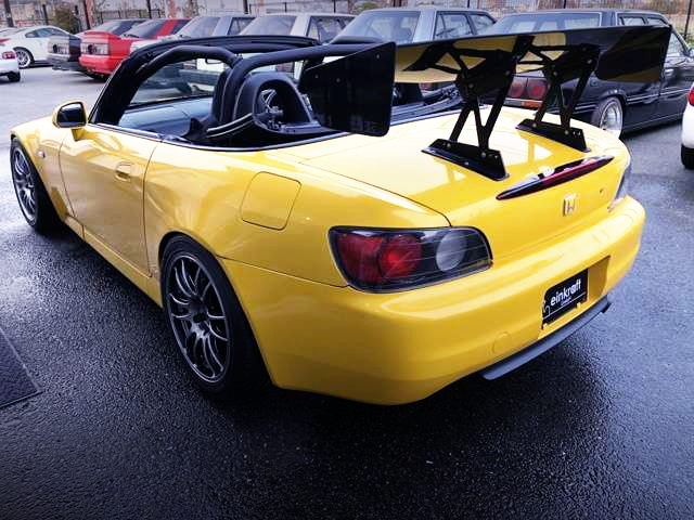 REAR EXTERIOR AP1 S2000 YELLOW
