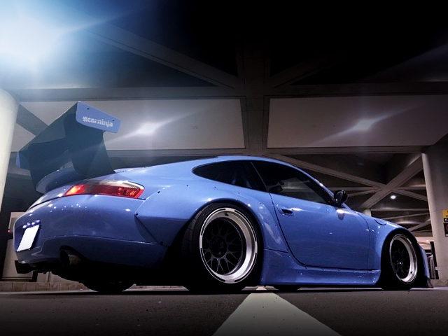 REAR EXTERIOR 996 PORSCHE 911 CARRERA 2