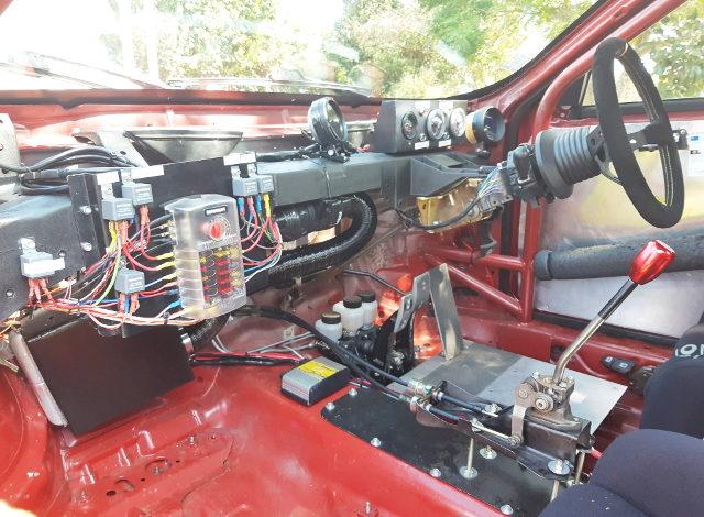 ALFA ROMEO 156 RACE CAR INTERIOR