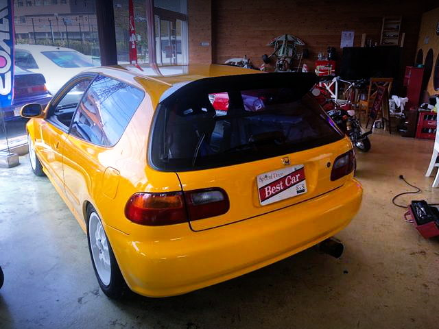 REAR EXTERIOE EG4 CIVIC HATCH
