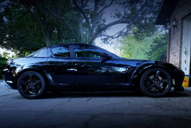 RIGHT SIDE OF MAZDA RX-8