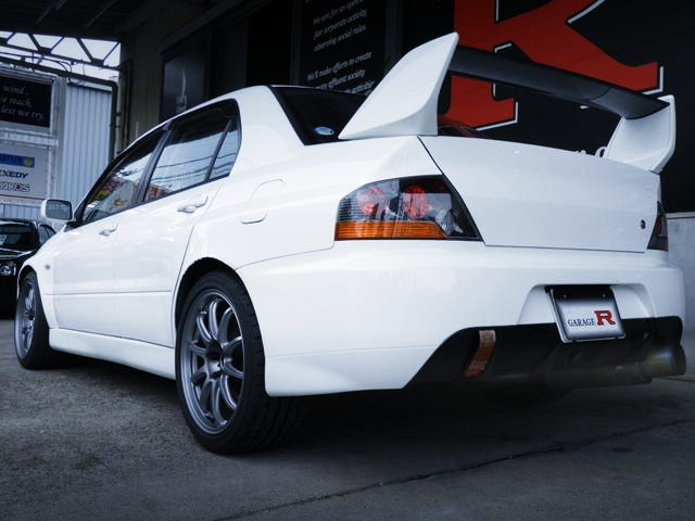 REAR EXTERIOR EVO9 GT