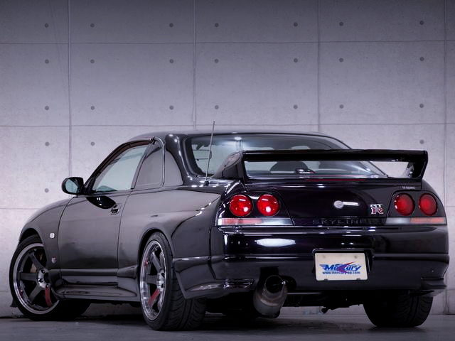 REAR TAIL LIGHT R33 GT-R V-SPEC