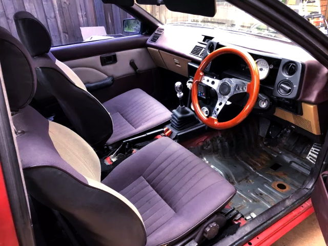 INTERIOR AE86 SPRINTER