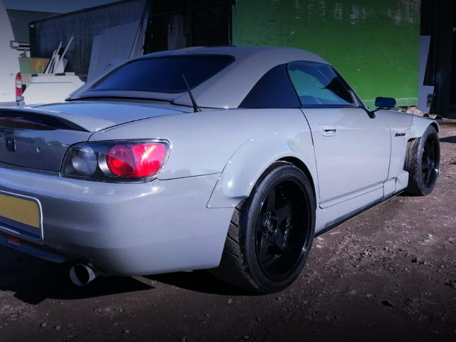 REAR SIDE EXTERIOR S2000