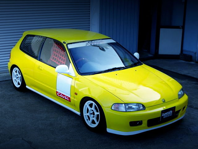FRONT EXTERIOR EG6 CIVIC SiR2 YELLOW AND WHITE BODY COLOR