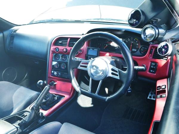 R33 GT-R CUSTOM DASHBOARD