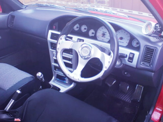 INTERIOR DASHBOARD OF AE93 COROLLA HATCHBACK