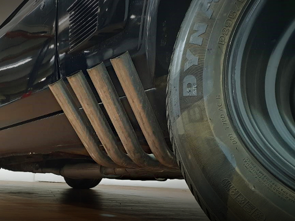 SIDE EXIT EXHAUST