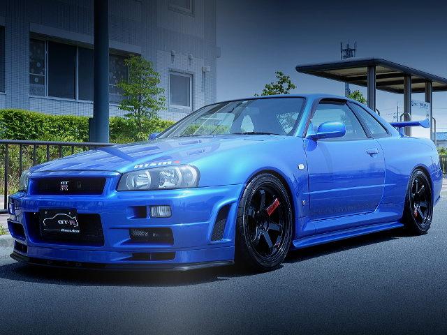 FRONT EXTERIOR R34 SKYLINE GT-R V-SPEC BAYSIDE BLUE