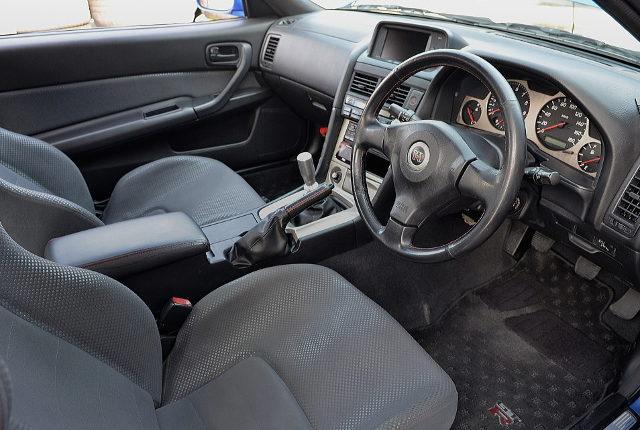 R34 SKYLINE GT-R INTERIOR