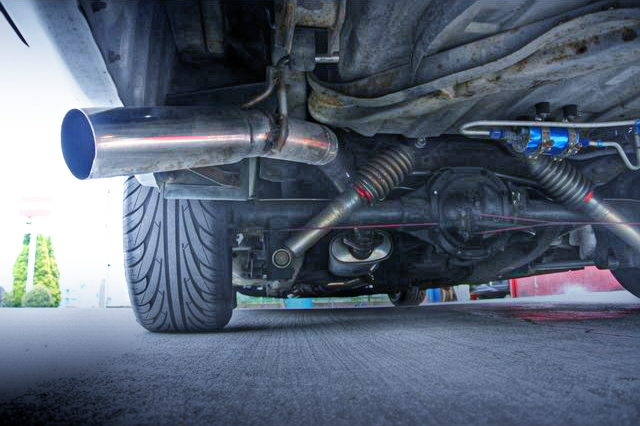 REAR SIDE EXIT EXHAUST