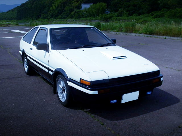 FRONT FACE PANDA COLOR AE86 TRUENO GT APEX