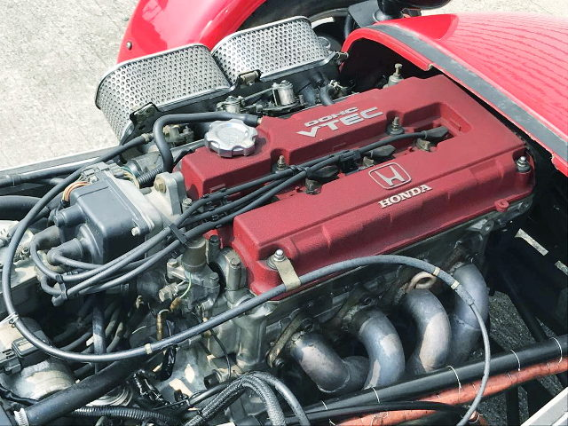 B16A VTEC ENGINE OF CUSTOM RED VALEVE COVER