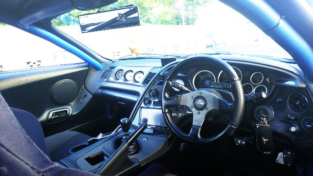 INTERIOR ROLL BAR AND GAUGES