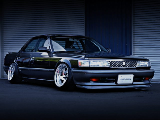 FRONT EXTERIOR JZX81 CHASER BLACK AND SILVER TWO TONE