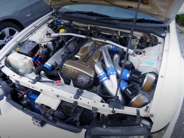 NUR RB26 TWINTURBO ENGINE INTO R33 GT-R ENGINE ROOM