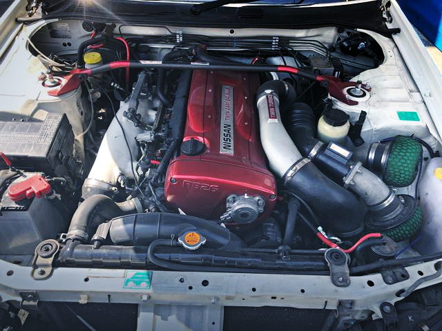 RB26 TWINTURBO ENGINE FOR RED VALVE COVER