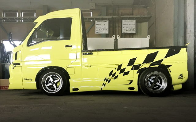 MARK-X YWLLO PAINT OF TT1 SAMBAR TRUCK