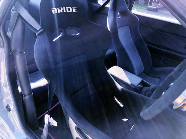 BRIDE FULL BUCKET SEAT AT R32GT-R DRIVER POSITION
