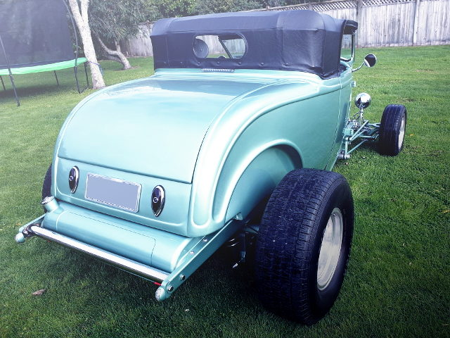 REAR EXTERIOR 1932 FORD ROADSTER