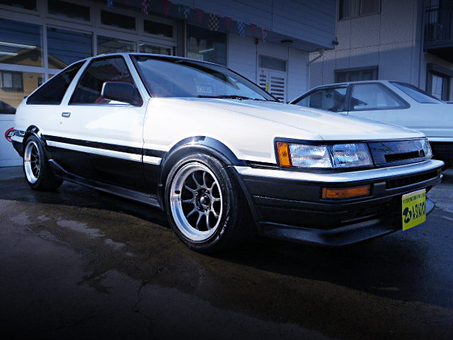 FRONT EXTERIOR AE86 LEVIN GT-APEX HATCH