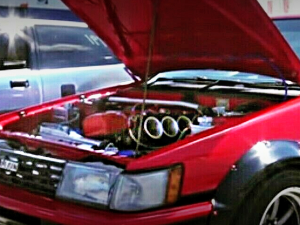 HOOD OPEN FOR AE80 LEVIN