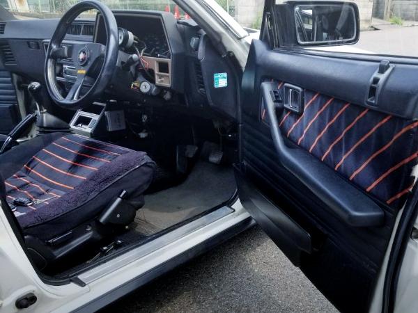 DRIVER POSITION INTERIOR FOR DR30 SKYLINE